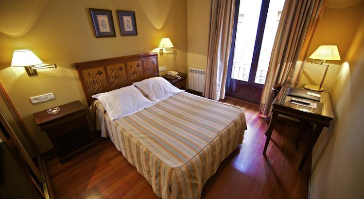 camas-para-hotel-paris-empresa